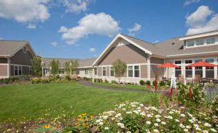 Outdoor courtyard of a Bridges® by EPOCH memory care community